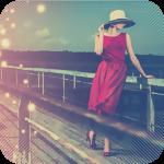 Аватар Девушка в красном платье на деревянном мосту