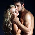 Фото где целуют блондинку фото 118-88