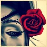 Аватар Девушка с красной розой в волосах
