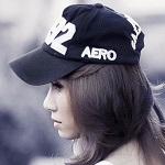 Аватар Портрет азиатки в профиль в бейсболке, (Aero)