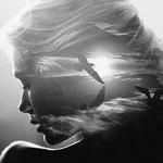 Аватар Девушка с изображением парящих в небе птицами на волосах