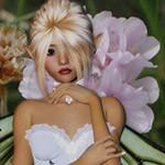 Аватар Девушка-эльф со светлыми волосами в белом платье на фоне розового цветка