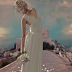 Аватар Девушка с букетом белых роз