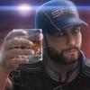 Аватар Мужчина в кепке со стаканом спиртного в руке