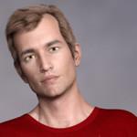 Аватар Мужчина-шатен в красной футболке