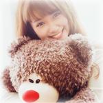 Аватар Девушка с плюшевым медвежонком