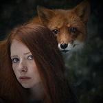Аватар Рыжеволосая девушка с лисой