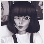 Аватар Девушка прикрыла глаз