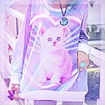Аватар Девушка в разноцветной кофте с котенком