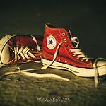 99px.ru аватар Красные кеды на песке