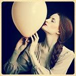 Аватар Девушка с шаром, фотограф monia merlo