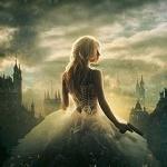 Аватар Девушка в пышном платье с пистолетом в руке стоит на фоне замков