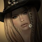 Аватар Девушка с ромашкой во рту, by Kelly