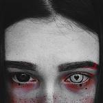 Аватар Девушка в черной и белой линзах