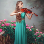 Аватар Девушка играет на скрипке на фоне цветущих кустов и тумана, фотограф Александр Халаев