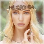 Аватар Светловолосая эльфийка с диадемой на голове