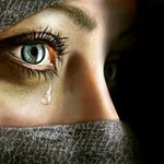 Аватар Девушка со слезой на лице