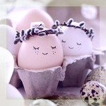 Аватар Два яйца с нарисованными лицами в веночках из вербы