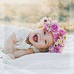 Аватар Счастливый малыш в веночке