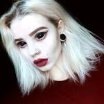 Аватар Девушка с демоническими глазами