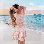 Аватар Девушка на морском берегу