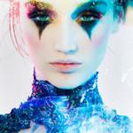 Аватар Девушка с разноцветным макияжем