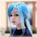 Аватар Девушка с голубыми волосами собранными в хвостик