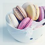 Аватар Цветные макаруны в чашке, by meganjoy
