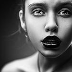 Аватар Девушка с черной помадой на губах, by RiperJack