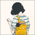 Аватар Девушка смотрит в смартфон, за спиной в желтом рюкзаке сидит черная кошка