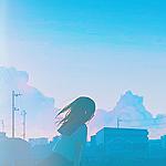 99px.ru аватар Девушка в школьной форме на фоне города