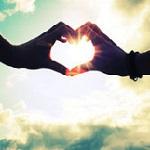 Аватар Руки на фоне неба образрвали сердечко