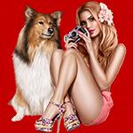 Аватар Блондинка с цветком в длинных волосах, в розовых шортах с фотоаппаратом в руках сидит рядом с собакой