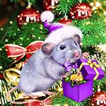 Аватар Серый крысенок в новогодней шапочке держит в лапах коробку с подарками, на фоне новогодней елки