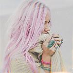 Аватар Девушка с розовыми волосами