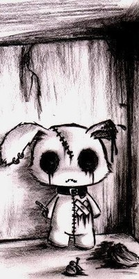 Аватар вконтакте Игрушечный заяц с оторванным ухом и вырезанным сердцем, которое прибито гвоздем к полу