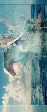 Аватар вконтакте девушка верхом на коне ,море