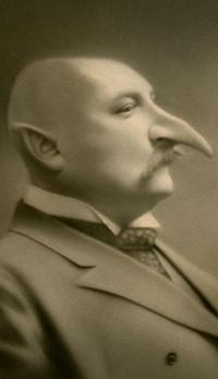 Обои Дядя с очень длинным носом в профиль