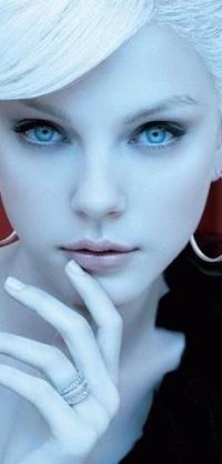 Девушка с голубыми глазами - Хлякин Олег