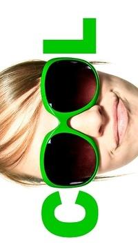 Аватар вконтакте Девушка в зеленых очках, составляющих слово COOL