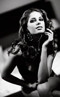 Красивые чёрно белые авки девушек фото 550-893