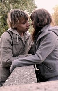 Аватар вконтакте И снова та осень, и снова те поцелуи...