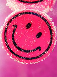 Аватар вконтакте Розовый смайлик в воде