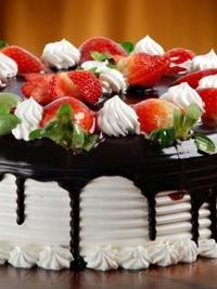 Обои Клубнично-шоколадный торт