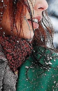 Аватар вконтакте Девушка под снегом