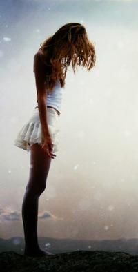 99px.ru аватар Девушка на фоне неба