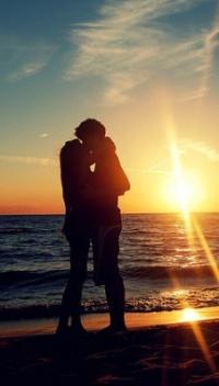 Фото с девушкой на закате