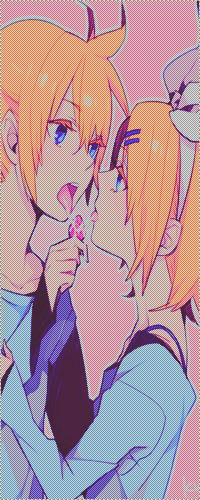 Аватар вконтакте Bокалоиды Рин и Лен целуются
