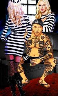 Аватар вконтакте Персонаж игры «Тюряга» и две блондинки в тюремной одежде