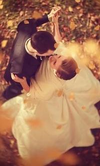 99px.ru аватар Свадебный вальс молодоженов в осенней листве